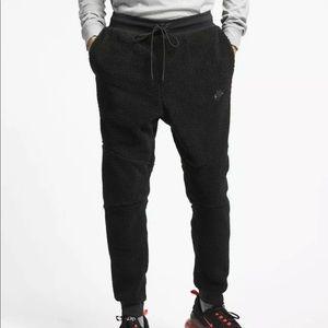 Nike Sportswear Tech Icon Sherpa Jogger Pants
